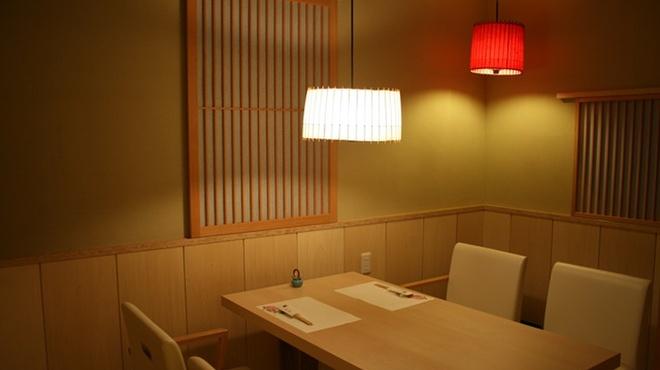 向島 平岡 - 内観写真:接待にも使える個室のお座敷