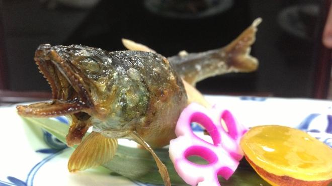 赤坂 ひかわ - 料理写真:活け鮎の塩焼き