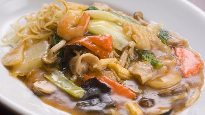 ハカタ オノ - 料理写真:野菜たっぷり五目あんかけ焼きそば
