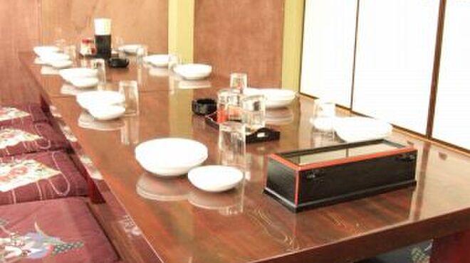 中国料理 金春新館 - 内観写真:6名様~45名様の宴会が出来る個室完備しています。