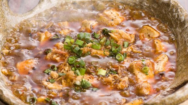 ハカタ オノ - 料理写真:土鍋麻婆豆腐