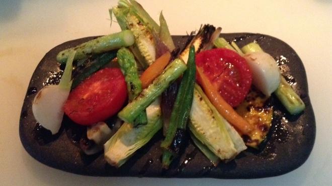 焼き鳥 陀らく - 料理写真:焼き野菜盛り合わせ  (季節により変わります)
