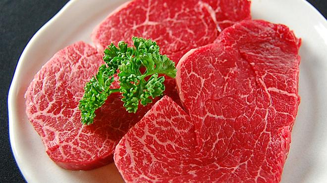 黒ぎゅう - 料理写真:肉の卸店ならでは。極上ヘレもリーズナブルな価格でご用意しています。