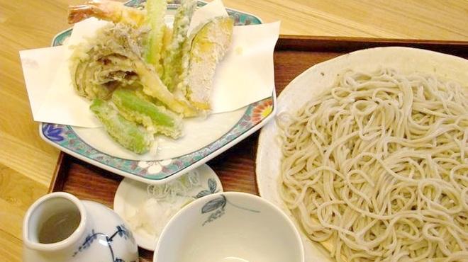 蕎誠庵あさひ - 料理写真:【おすすめメニュー】天せいろ(1300円)