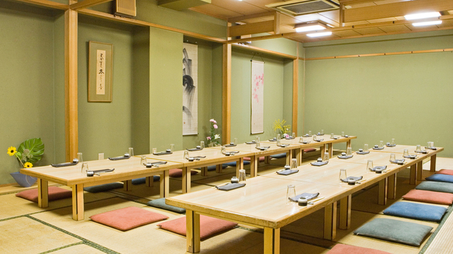 四国三郎 よしの川 - 内観写真:二階に大広間ございます。