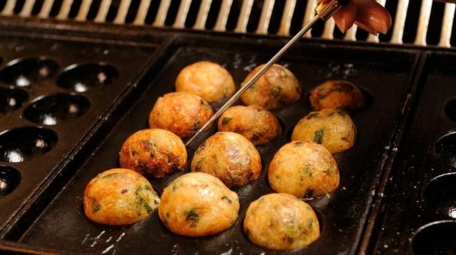 蛸之徹 - 料理写真:自分で焼いて食べるたこ焼き!
