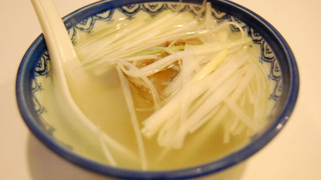 味太助 - 料理写真:テールスープ