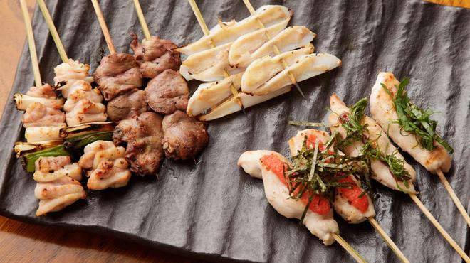 テバス  - 料理写真:九州産にこだわり、丁寧に仕上げた「やきとり」は奥深い味わい