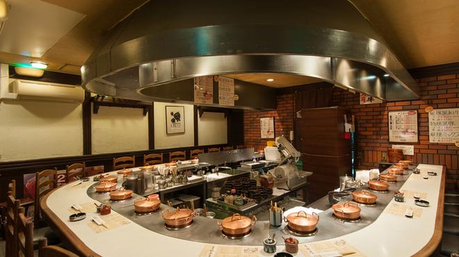 しゃぶ亭 - 内観写真:ひとり鍋のしゃぶしゃぶが堪能できます