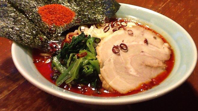 鶴一家 - 料理写真:食べたらハマります!地獄ラーメン!!
