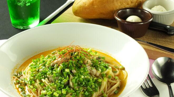 オールドスパゲティファクトリー - 料理写真:2013年冷製スパゲティ第1弾♪ピリ辛のゴマだれが熱い夏でも食欲をそそります!
