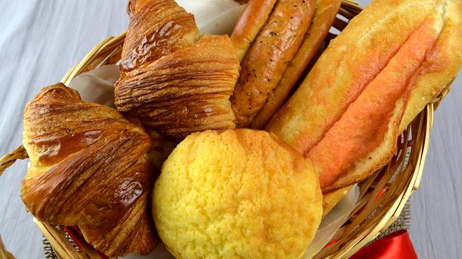 スペイン石窯パン工房 メリチェル - 料理写真:各種パンを取り揃えております