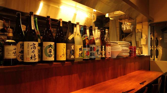 あんぷく - 内観写真:仕事帰りの「ちょい飲み」で店に立ち寄る男性客も多いです