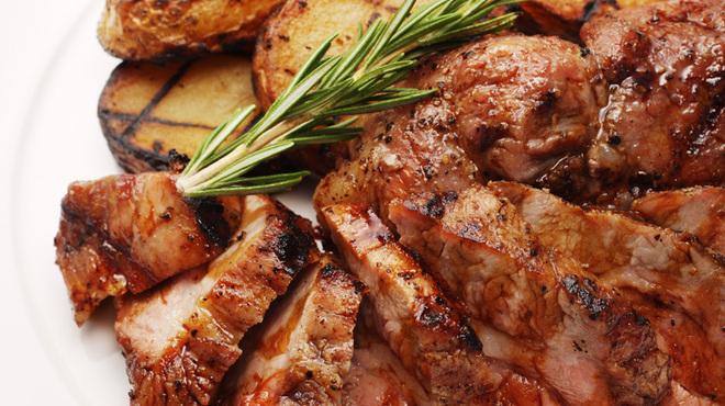 チェイスコ - 料理写真:米沢一番豚肩ロースのグリル、エイジドバルサミユ