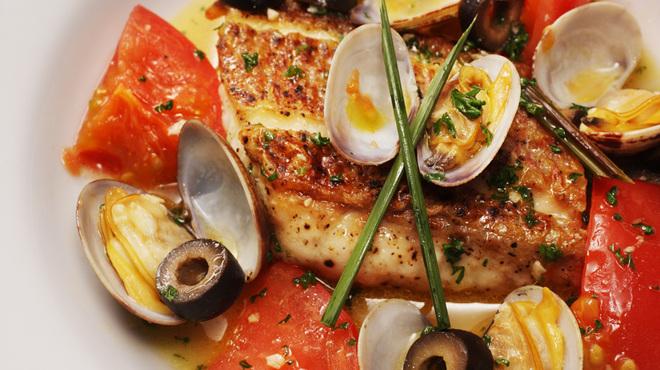 チェイスコ - 料理写真:旬の魚の小さなアクアパッツァ