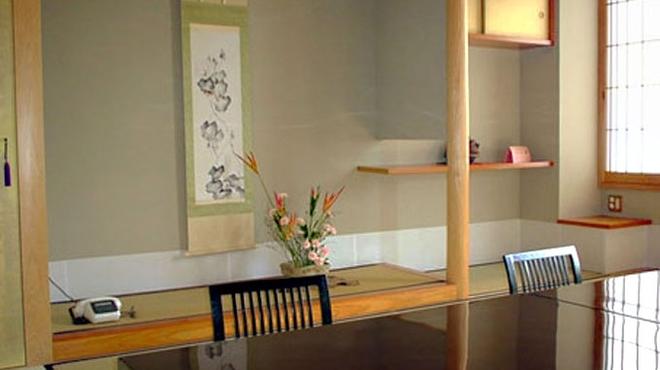 萬店 - 内観写真:2階・個室(松) ※要予約
