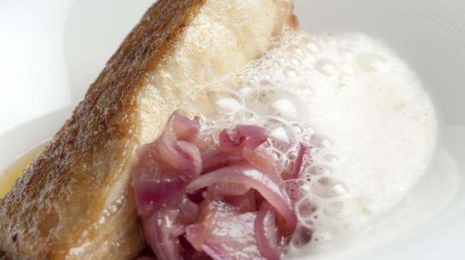 SIO - 料理写真:熟練のシェフが日本・イタリア・フランスの技術をベースに創意工夫を凝らした料理