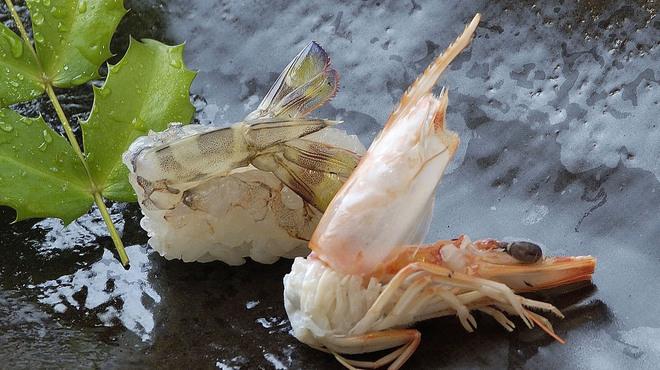 寿司上野坂 - 料理写真:天然食材にこだわった寿司