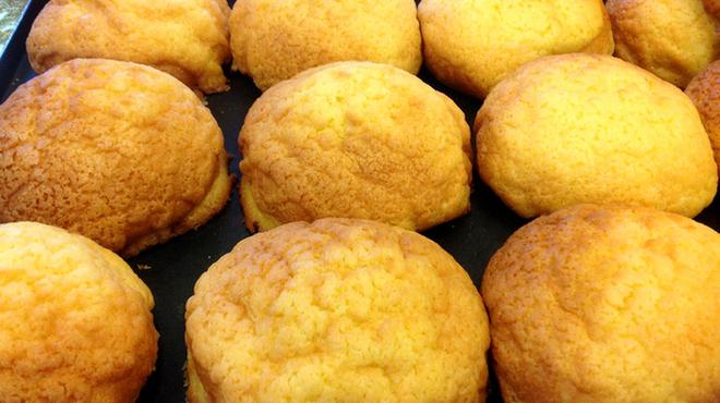 スペイン石窯パン工房 メリチェル - 料理写真:発売以来、根強い人気!「黄金のめろん」