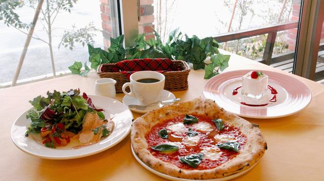 グラッチャーノ - 料理写真:ブラヴィオコース(おすすめピッツァコース)