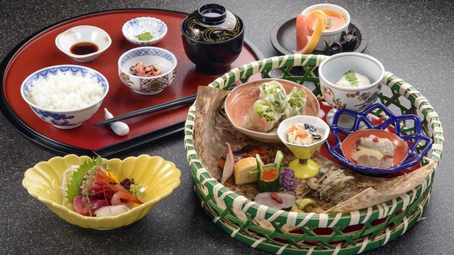 しまだ別邸饗 - 料理写真:(昼御膳)旬彩膳・・・3,000円(税別)