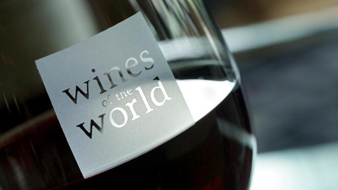 """フレンチビストロ ル ドール - 料理写真:火曜日限定特別企画 """"Mardi Vins"""" 優雅に愉しむワインブッフェ付きフレンチ!・季節のコース料理と共に、ソムリエセレクトによる10種のワインをお好きなだけご堪能ください。 日時:毎週火曜日、時間:17:30~ 2時間制、料金:お一人様¥6,000(税・サービス料込)、お問い合わせ TEL: 06-6258-3333(10:00~20:00)"""