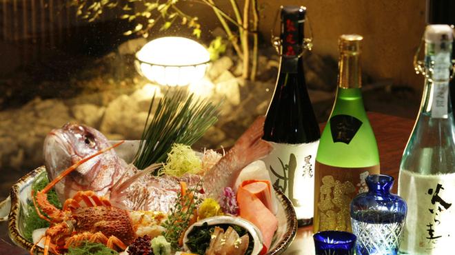 隠れ房 御庭 - 料理写真:旬の食材と厳選した地酒をご用意