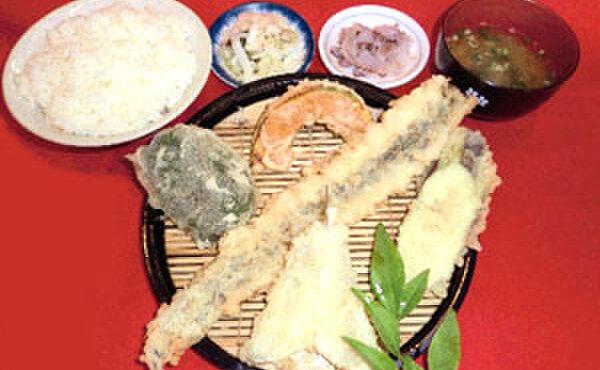 だるまの天ぷら定食 - 料理写真:アナゴ定食(アナゴ一本揚げ・キス・野菜3品・みそ汁・小ごはん)