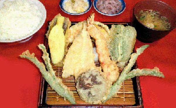 だるまの天ぷら定食 - 料理写真:ヘルシー定食(エビ・キス・野菜5品・みそ汁・小ごはん)