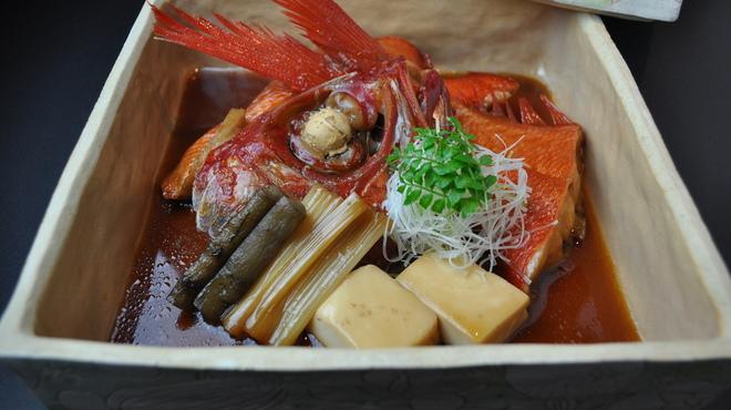 雨後晴 - 料理写真:旬の食材を求め全国の港と直接取引を行い、四季を彩る美味しいお料理に仕上げております。
