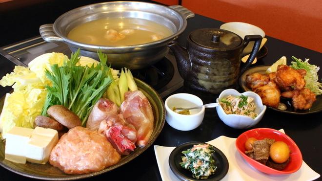 大海 - 料理写真:テレビでも紹介された水炊き!コースは2000円~