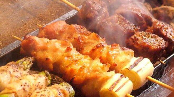 焼き鳥八丁目 - 料理写真:串2本250円~☆種類豊富!