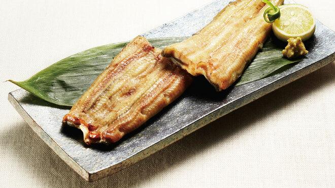 鰻萬 - 料理写真:うなぎ白焼き 特 3360円
