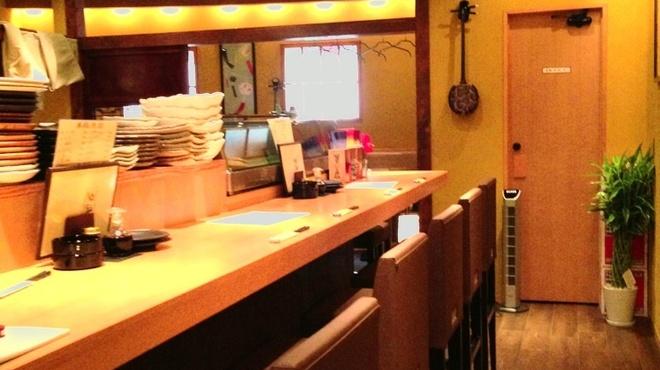 夕凪 - 内観写真:カウンターは1番の特等席!