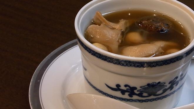 古月 - 料理写真:高級営養薬膳師の料理長がつくる 「季節の養生スープ」