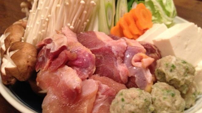 炭火焼鶏 じろう - 料理写真:シャモ鍋