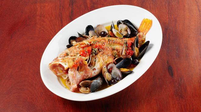 プラナ バルカ - 料理写真:魚介類はもちろん築地直送で、シェフの目利きが光ります。\2500~
