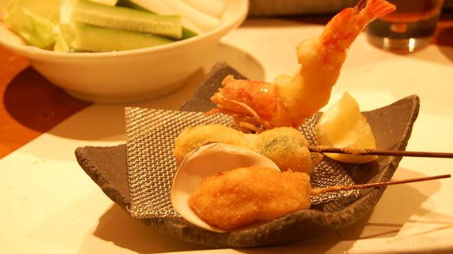 串かつ おこし - 料理写真:☆揚げたての串かつが つぎつぎと・・・☆
