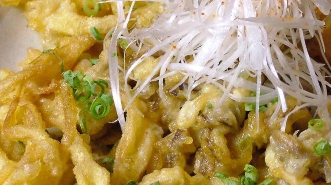 Fooding Bar Ruelle堂山 - 料理写真:森のきのこ天ぷら ほんのりわさび餡かけ740円