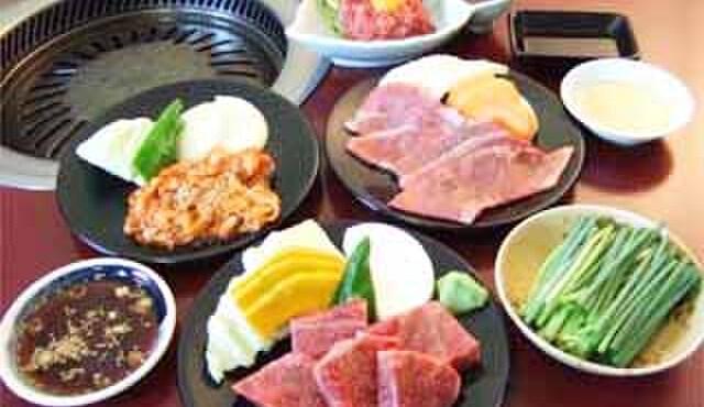 焼肉千八本店 - 料理写真:豊富なメニューと多彩な味でおもてなし