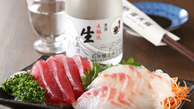 満天豚 - 料理写真:相模湾などで獲れた新鮮な魚介を堪能