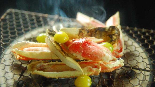暗闇坂 宮下 - 料理写真:香りも香ばしく旬の味覚を炭火で炙ります