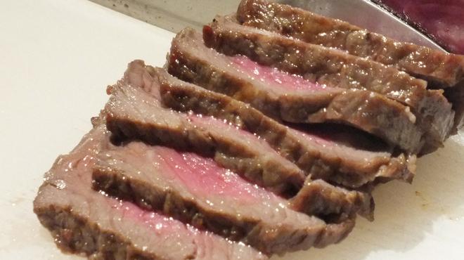 かるびあ~の - 料理写真:肉汁が溢れる♪