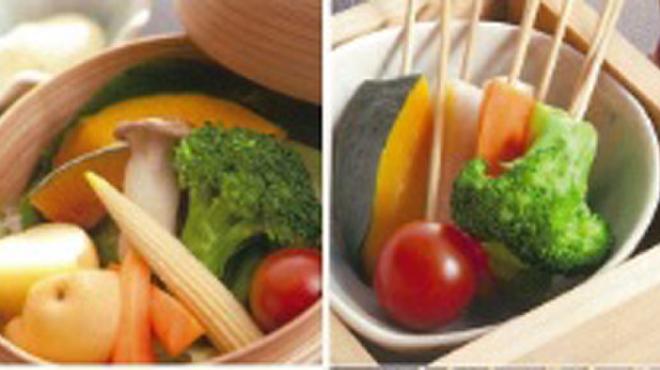 鶏のんちゃん - 料理写真:当店自慢温野菜&オリーブ油にニンニクやアンチョビなどを加えて温めたソースにつけて、フォンデュスタイルで召し上がれ!バーニャカウダー