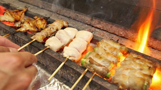 炭火焼鳥あずま - 料理写真:店長の焼き加減は抜群!
