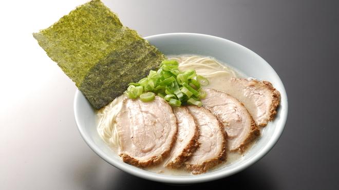 らーめん専門店 小川 - 料理写真:ちゃーしゅー麺