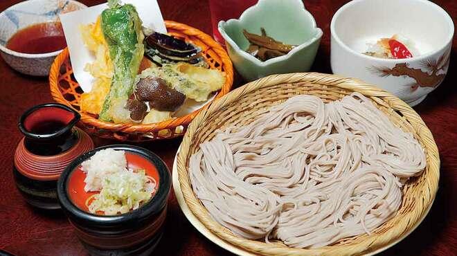 大久保西の茶屋 戸隠本店 - 料理写真:精進天ぷらざるそば膳1,580円