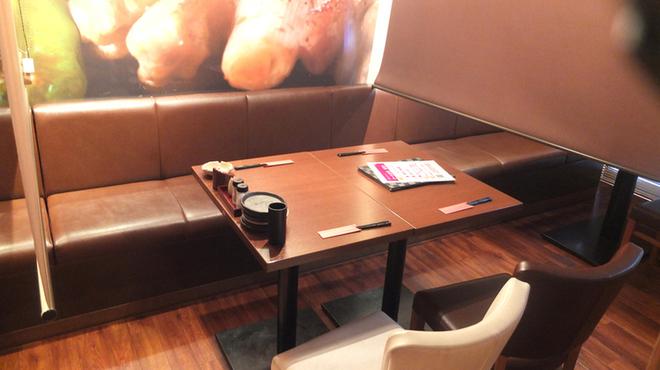 鶏のんちゃん - 内観写真:店内