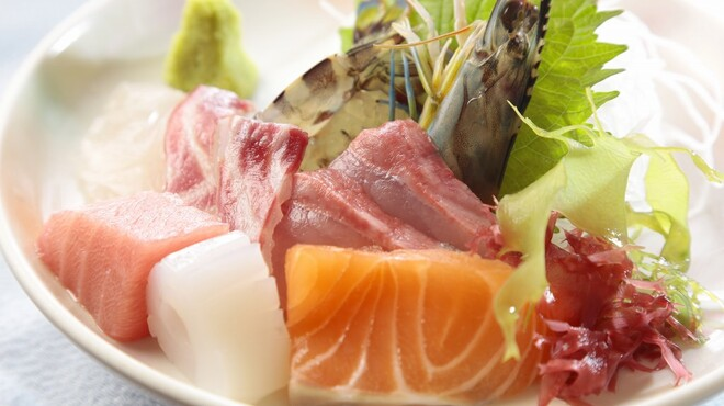 やひろ - 料理写真:新鮮な旬の魚を心ゆくまでご堪能ください。
