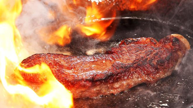 TOYO - 料理写真:自慢の和牛料理 コースでもお楽しみ頂けます。